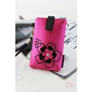 Adorable Daisy Love Hot Pink Cell Phone Bag Cell Phones