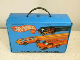 HOT WHEELS 24 Car Collectors Redline Carrying Case/ 2 Inserts