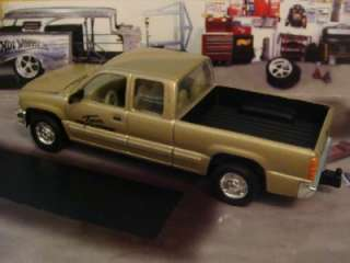 Chevy Silverado Extended Cab 1/64 Scale Limited Edit 4 Detailed Photos