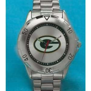 Green Bay Packers Mens Metal Band NFL Watch  Sports