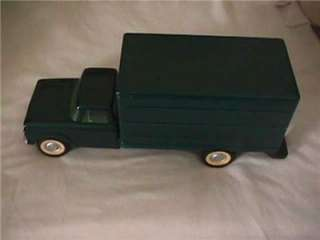 VINTAGE 1960S NYLINT FORD MOVING VAN BOX TOY TRUCK 17 X 5 1/2