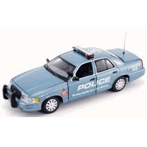 First Response 1/43 Royal Bahamas Police Ford Crown Vic Toys & Games